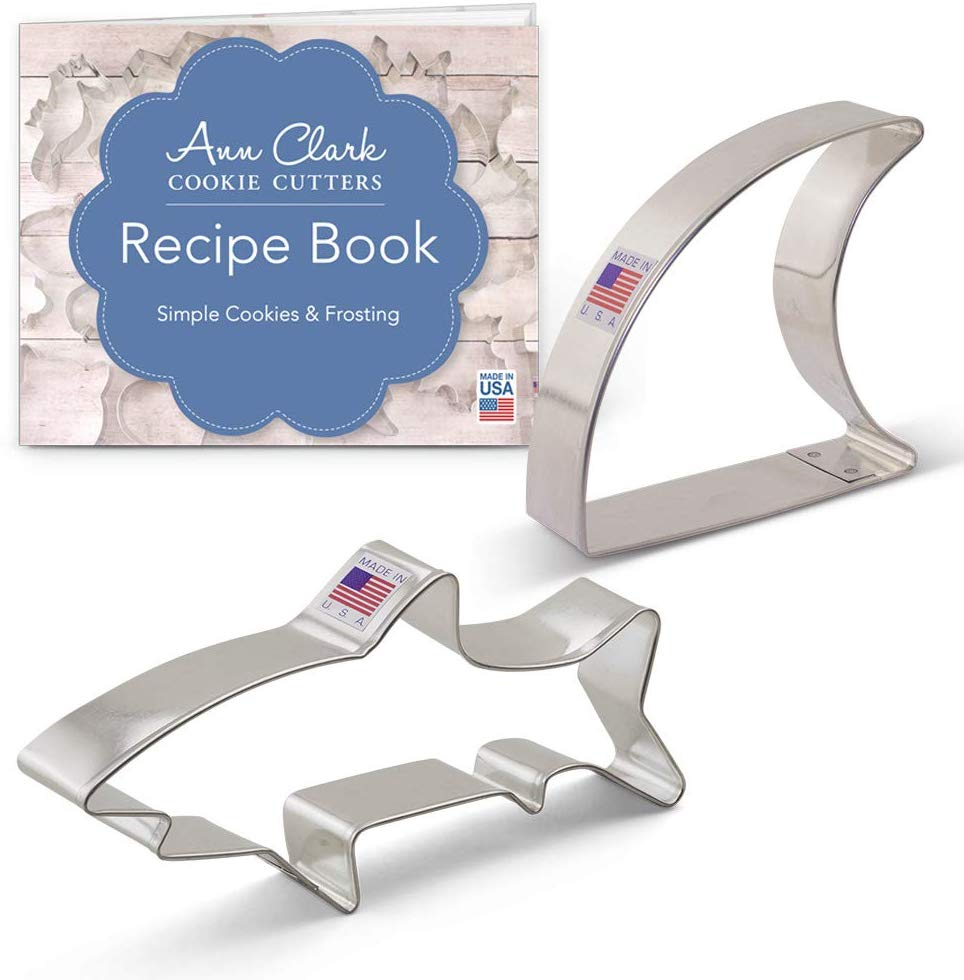 61AL4oGpbYL. AC SL1000 - Ann Clark 2-Piece Shark Cookie Cutter Set with Recipe Booklet