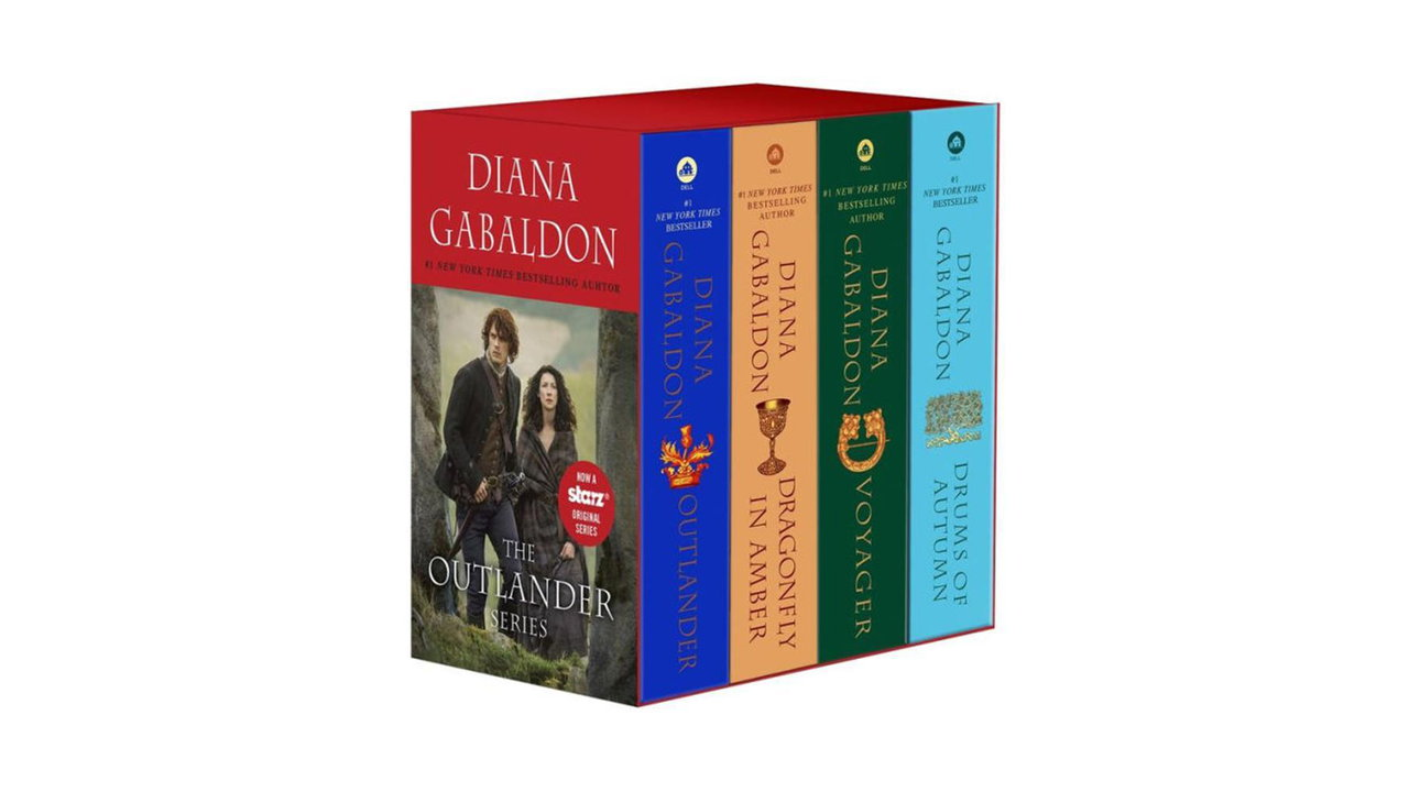 Outlander 4 Copy Boxed Set 4 - Outlander 4-Copy Boxed Set : Outlander, Dragonfly in Amber, Voyager, Drums of Autumn
